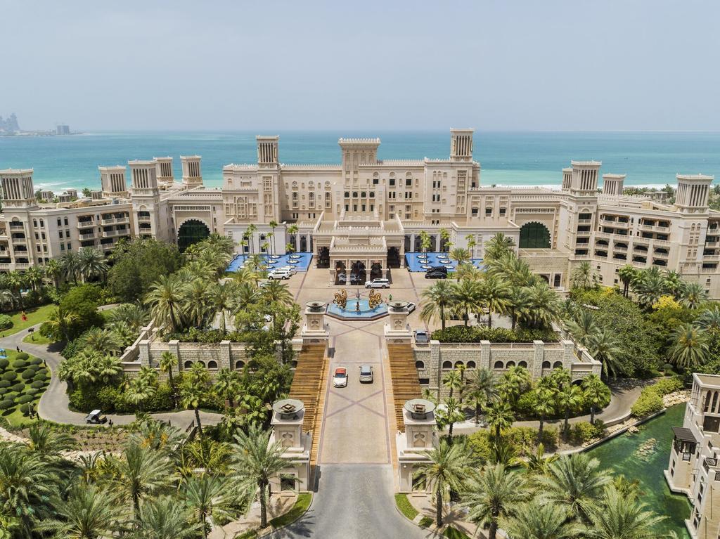 جمیرا آل قصر دبی Jumeirah Al Qasr- هتل های ساحلی دبی