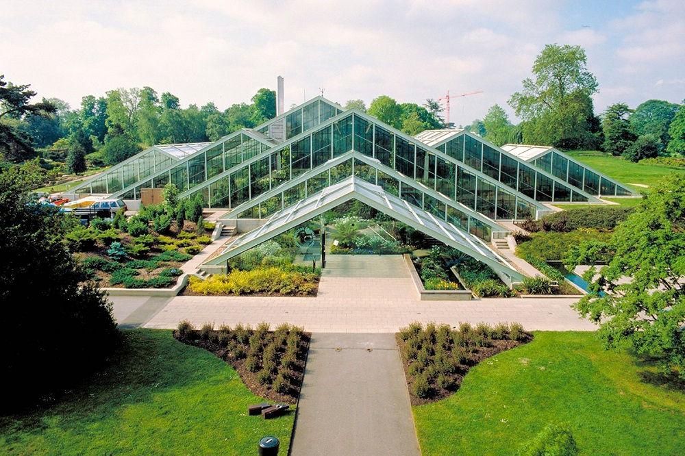 باغ گیاه شناسی مینسک Minsk Botanical Garden