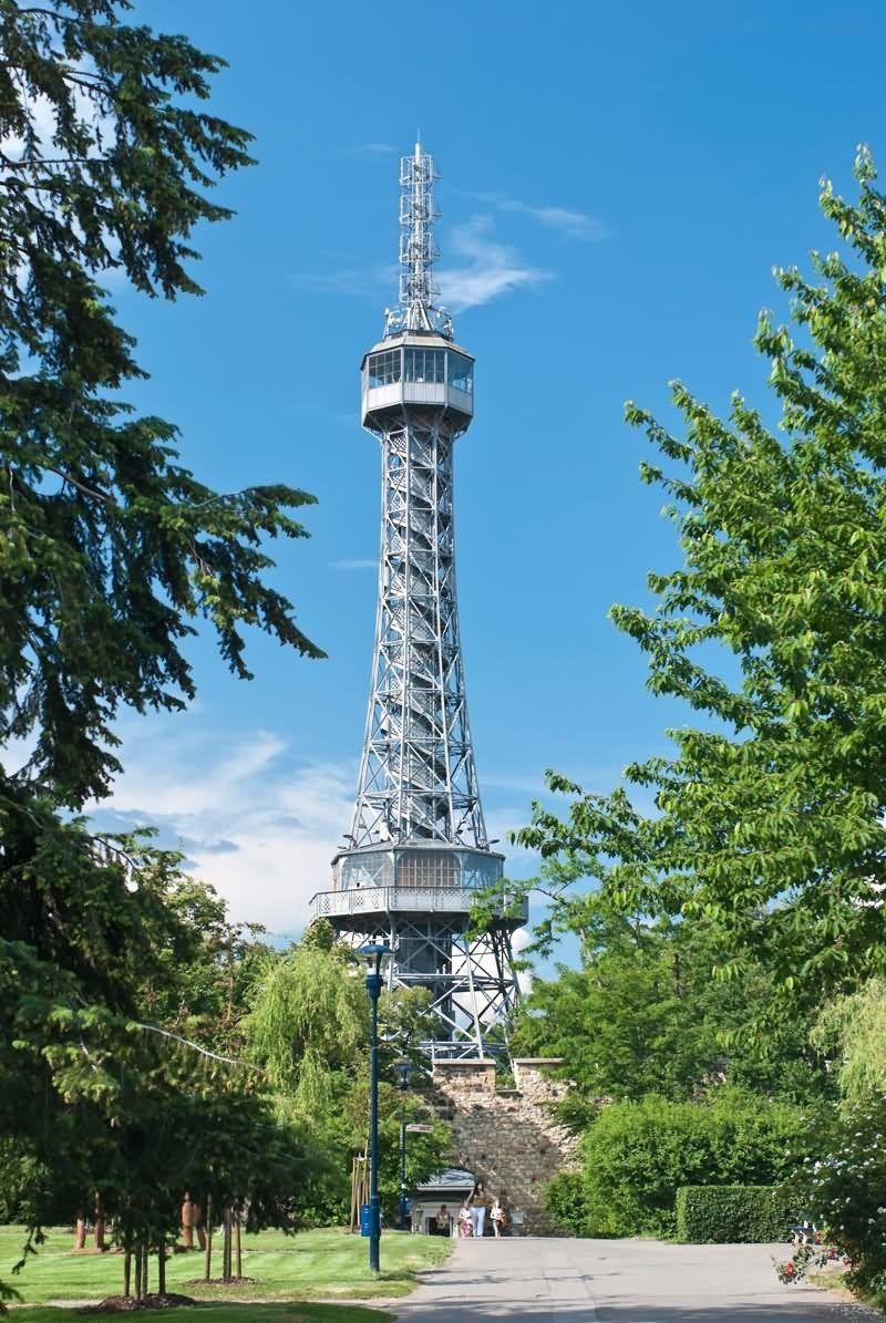 برج پترین چک Petrin Tower - خرید پرواز به چک