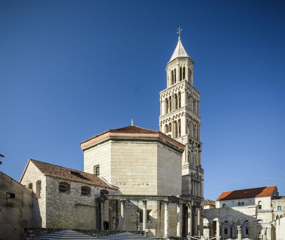 کلیسای جامع سنت دومنیوس کرواسی Saint Domnius Cathedral - کمترین نرخ پروازهای کرواسی