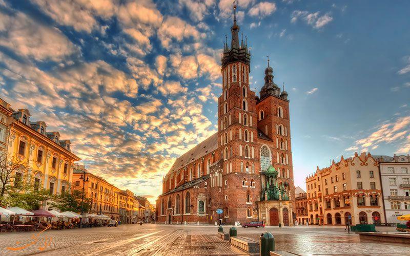 هزینه سفر هوایی با هواپیما به لهستان - کلیسای سنت ماری لهستان St. Mary's Basilica