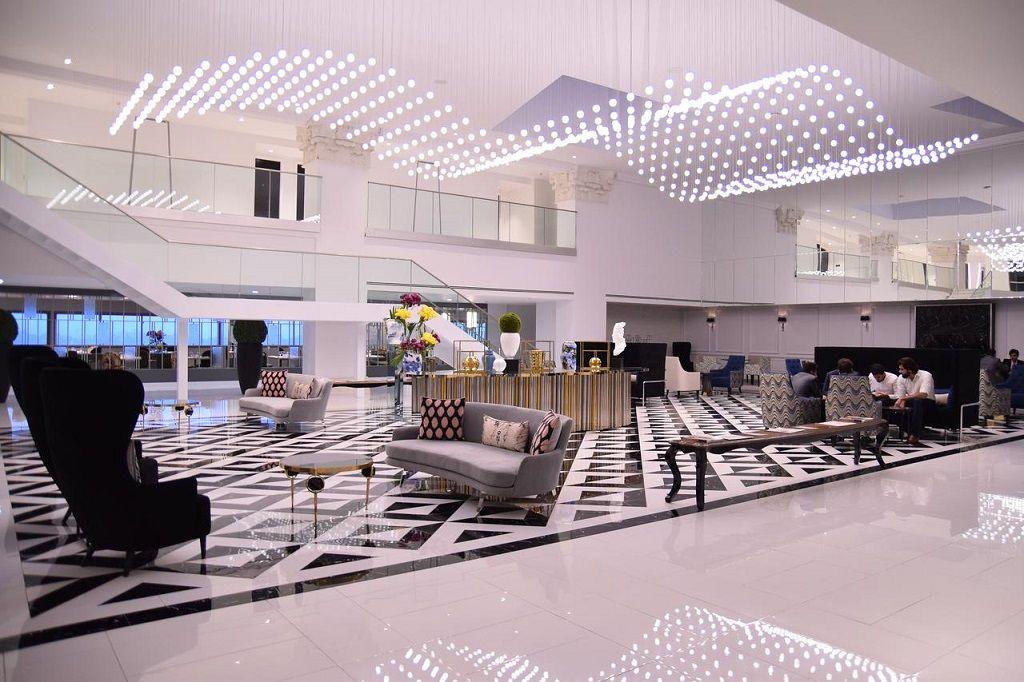 هتل نشاط لاهور