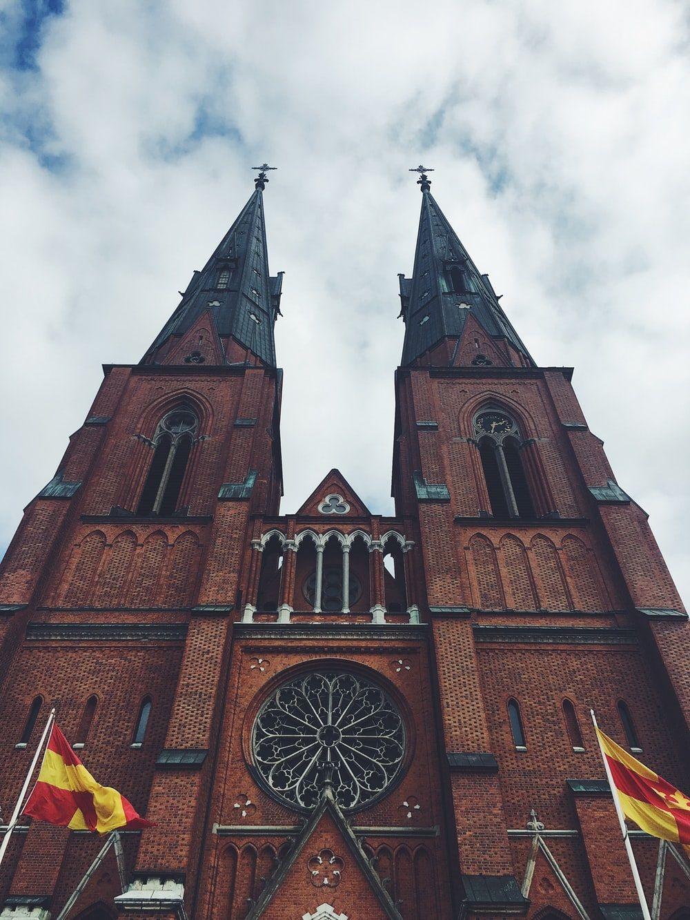 کلیسای جامع اوپسالا Uppsala Cathedral - هزینه بلیط یک طرفه سوئد