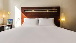 هتل ایبیز ورد ترید سنتر دبی امارات