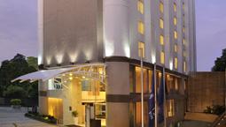 هتل فور پوینتز شراتون احمد آباد هند