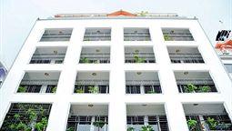 هتل گلدن گیت پنوم پن کامبوج