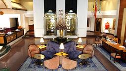 قیمت و رزرو هتل در پونه هند و دریافت واچر