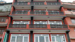 هتل ترولرز هوم کاتماندو نپال