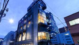 هاستل اواک توکیو ژاپن