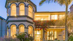 هتل آدمیرال کالینگوود سیدنی استرالیا