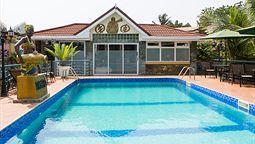 هتل چارلستون آکرا غنا