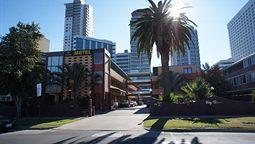 هتل سیتی واترز پرت استرالیا