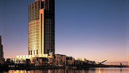 هتل کراون تاورز ملبورن استرالیا