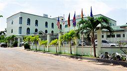 هتل کریستال پالم آکرا غنا