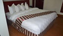 قیمت و رزرو هتل در یائونده کامرون و دریافت واچر