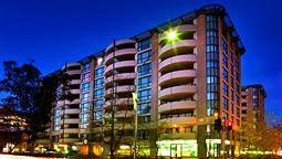 قیمت و رزرو هتل در کانبرا استرالیا و دریافت واچر