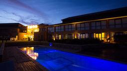 هتل فاکالانه گلف گابورون بوتسوانا