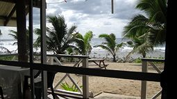 هتل سانرایز بیچ بنگالوز راروتونگا جزایر کوک