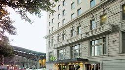 هتل ساووی ملبورن استرالیا