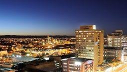 قیمت و رزرو هتل در ویندهوک نامیبیا و دریافت واچر