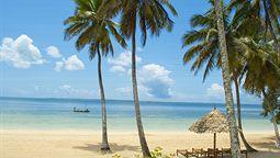 هتل چواکا بی رزورت زنگبار تانزانیا