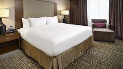 هتل دابل تری بای هیلتون ادمونتون آلبرتا کانادا