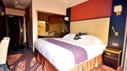 هتل فائو د لیس پلاتئو داکار سنگال