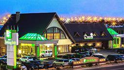 هتل هالیدی این مونترال کبک کانادا