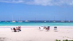 هتل ناتیلوس بیچ بریج تاون باربادوس