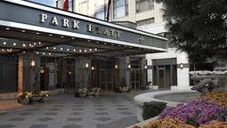قیمت و رزرو هتل تورنتو اونتاریو کانادا و دریافت واچر