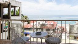 هتل رومز آن د هیپ استریپ مونتگوبی جامائیکا