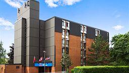 هتل استودیو 6 تورنتو اونتاریو کانادا
