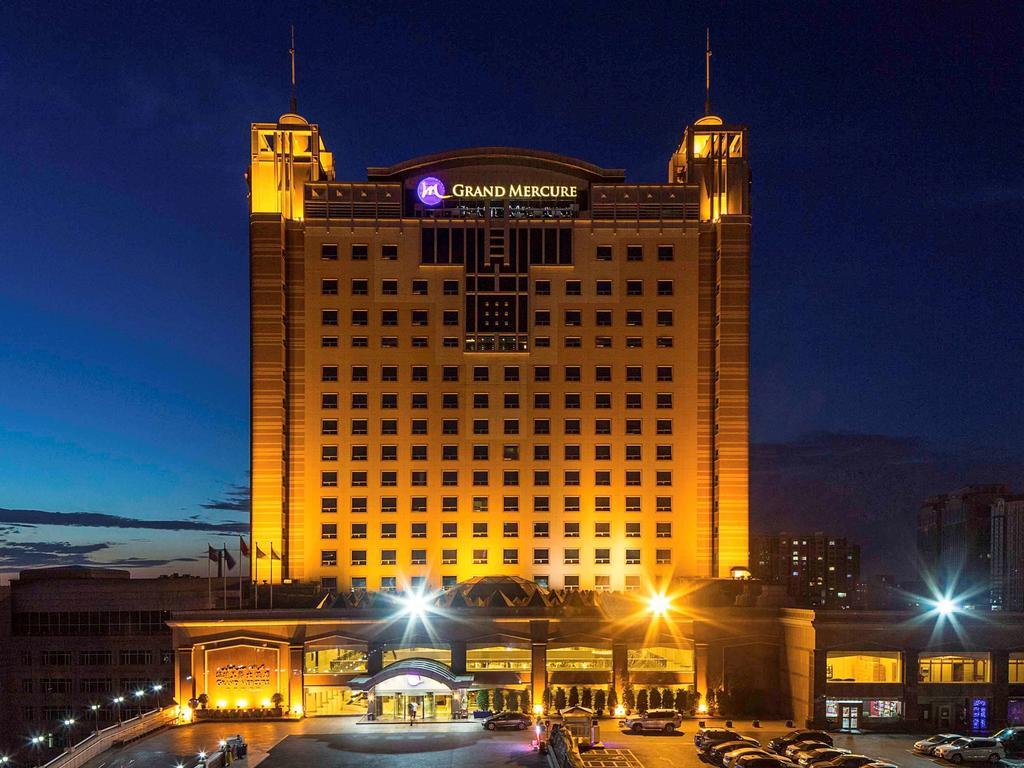 هتل گرند مرکیور هوالینگ اورومچی - هتل در فرودگاه ارومچی