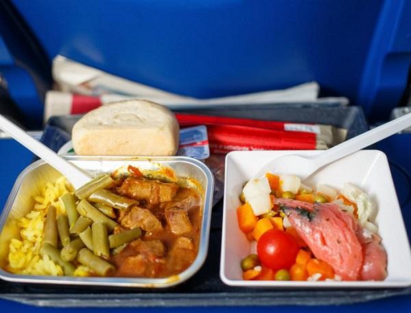 کیفیت غذا سلام ایر - نمایندگی رسمی فروش بلیط هواپیمایی سلام ایر در ایران SalamAir