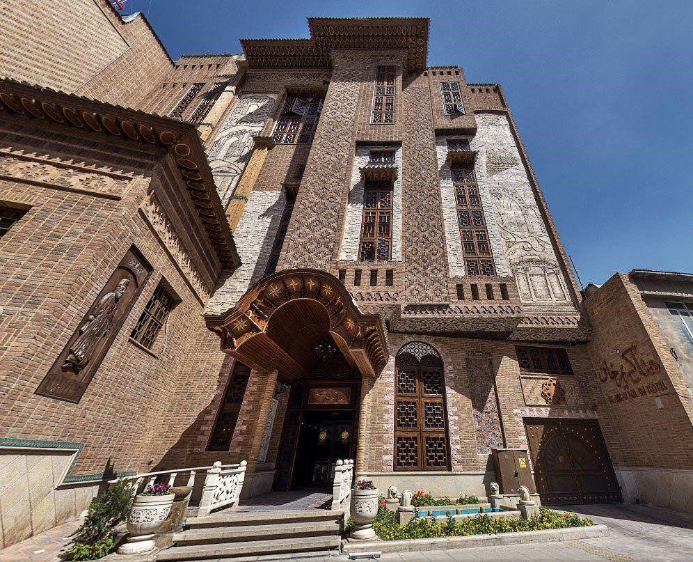 تخفیف اینترنتی هتل کریم خان شیراز - هتل های ارزان شیراز